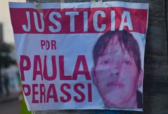 ¿Dónde está Paula Perassi?