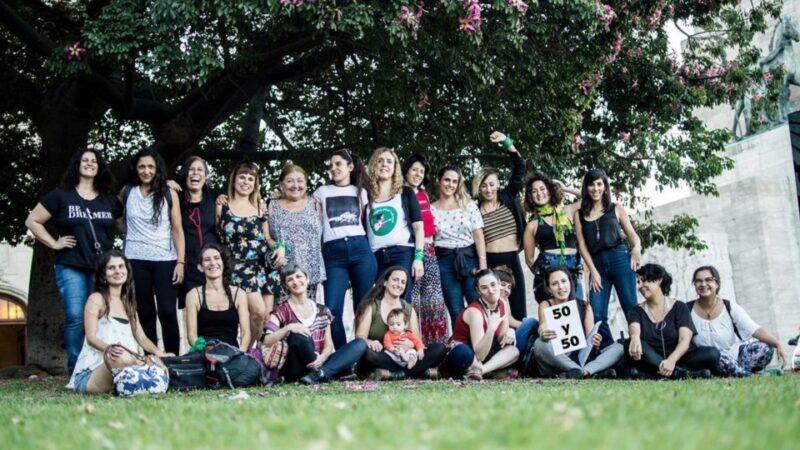 """El grito colectivo de las mujeres músicas rosarinas: """"¡El arte vale!"""""""